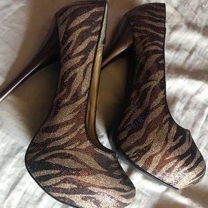 Shoes - Zebra Pumps